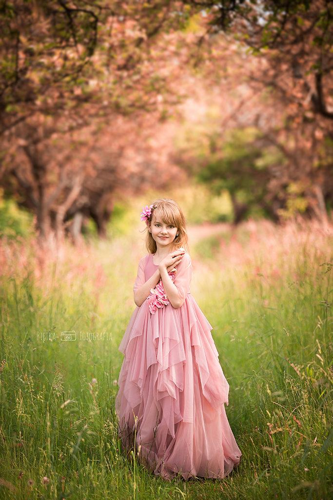 Traveling dress poland fotograf lodz zgierz fotografia dziecieca fotografia ciazowa
